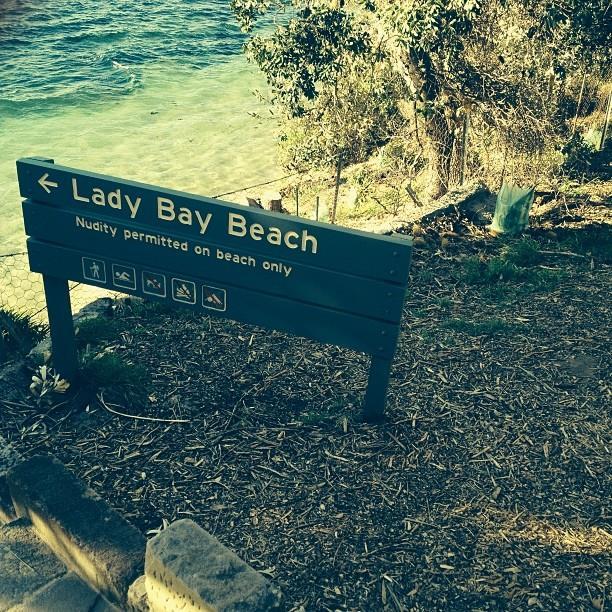 lady bay beach sydney
